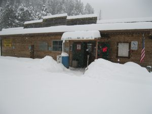 Late Winter Snow - La Cueva